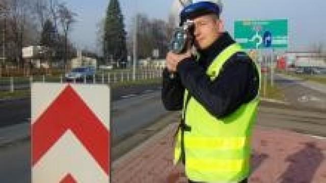 Polanka Wielka. Pirat drogowy – recydywista,  stracił prawo jazdy za prędkość i zyskał 24 punkt w CEPIK