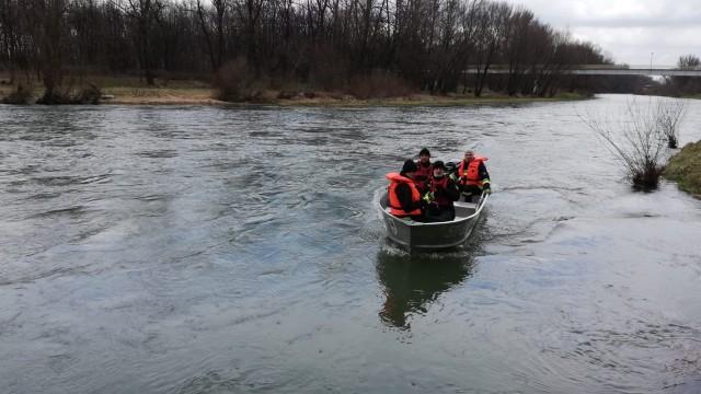 Policjanci i strażacy nadal poszukują Marcina Zasadni, 41 – letniego mieszkańca Oświęcimia.