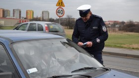 """Policjanci przeprowadzili kolejną akcję """"Pasy"""". Nadal zapominamy o swoim bezpieczeństwie"""