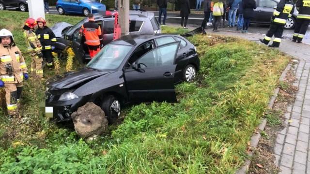 Potrącenie pieszego i zderzenie trzech pojazdów – FOTO