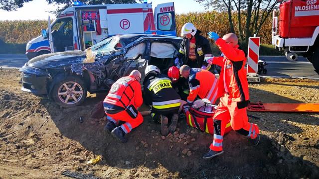 Poważny wypadek na DK44 w Przeciszowie. Sześć osób rannych. Lądował śmigłowiec LPR. ZDJĘCIA, FILM!