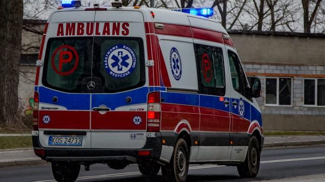 Poważny wypadek w Podolszu. Ranny motorowerzysta