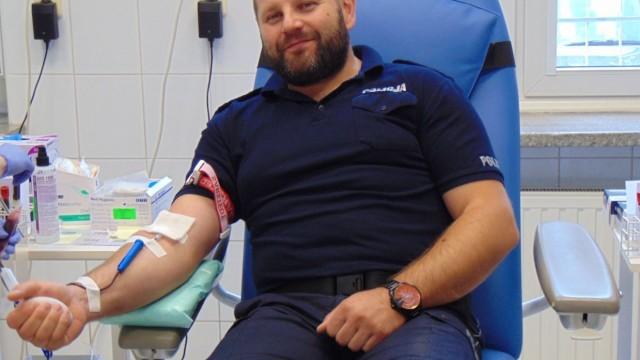POWIAT. 100 litrów krwi, na 100. lecie Policji
