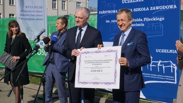 POWIAT. Oświęcimska uczelnia otrzymała 22,5 mln zł