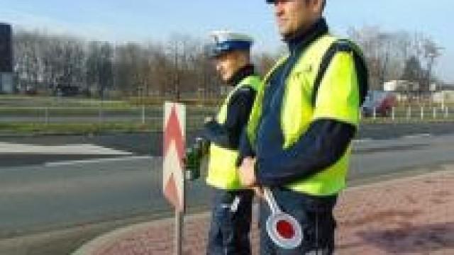 Powiat oświęcimski. Policjanci apelują o przestrzeganie przepisów, uwagę i rozsądek na drodze