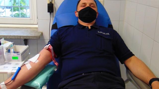 POWIAT. Policjanci oddają krew z okazji 95-lecia Policji kobiecej