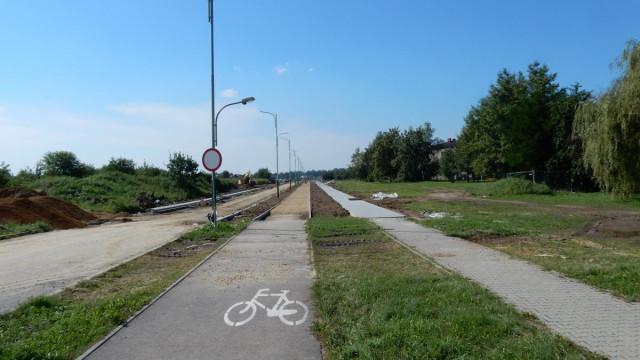 Powstaje nowa droga, która odciąży ruch na rondzie przy moście Jagiellońskim i od strony Kęt