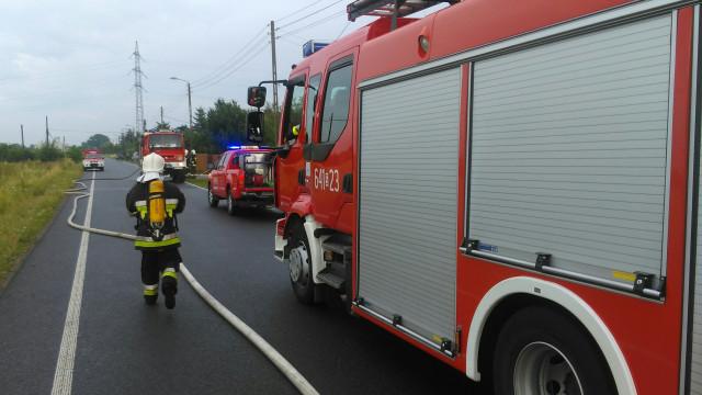 Pożar budynku gospodarczego w Bieruniu, na miejscu interweniował zastęp z JRG Oświęcim. ZDJĘCIA !