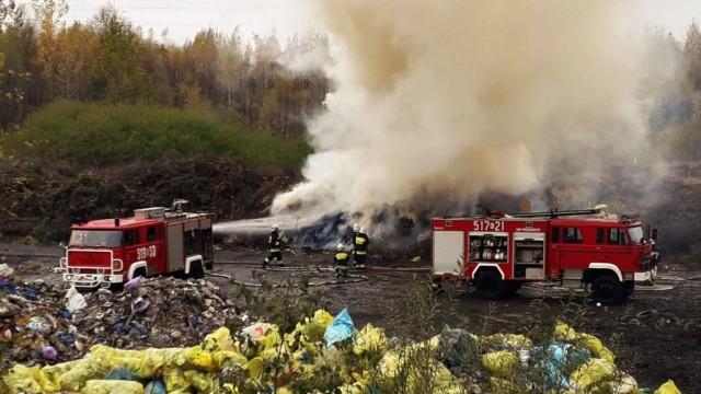 Pożar składowiska odpadów w Brzeszczach- strażacy sprawdzili swoje procedury -FOTO- InfoBrzeszcze.pl