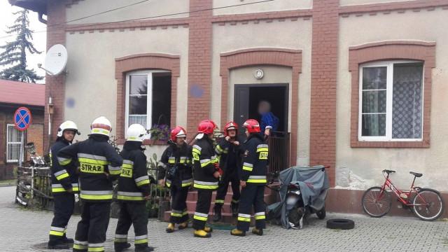 Pożar w budynku mieszkalnym w Brzeszczach. ZDJĘCIA !