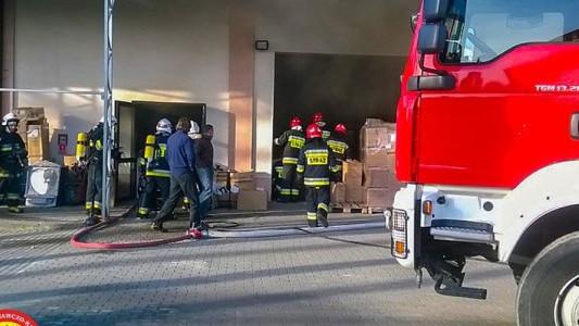 Pożar w firmie produkcyjnej