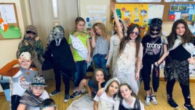 Projekt mody w trzecich klasach w ZSP nr 3 w Kętach