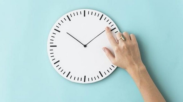 Przesuwamy zegary i śpimy o godzinę krócej! - InfoBrzeszcze.pl