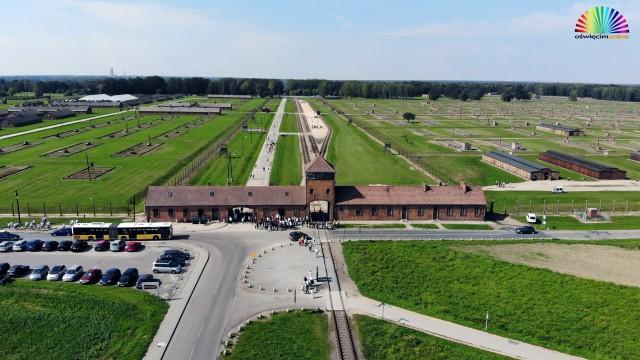 PUBLICYSTYKA. Oswobodzenie KL Auschwitz
