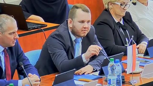 Radny Szczepański hejtował urzędniczkę i Burmistrza- namierzyła go Policja - InfoBrzeszcze.pl