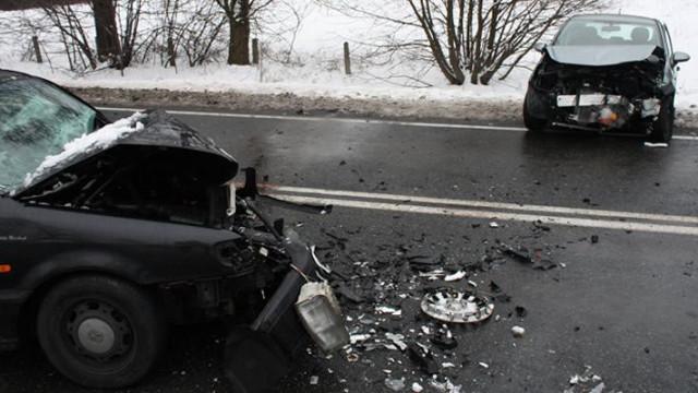 Rajsko - stracił panowanie nad autem i zderzył się z VW. Aktualizacja