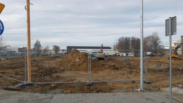 """Rondo wraz z drogą połączyło ul. Fabryczną z ul. Unii Europejskiej. To pierwszy etap budowy """"Port Oświęcim"""""""