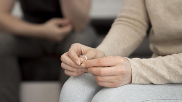 Rozwód, alimenty, kontakty z dzieckiem, władza rodzicielska – porady prawne / nowy serwis prawny