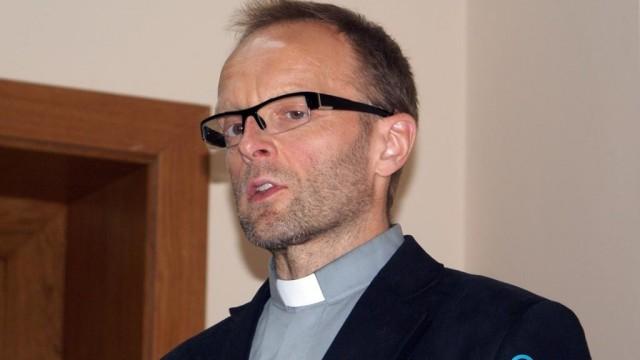 Rzecznik naszego biskupa ostro o filmie Sekielskich