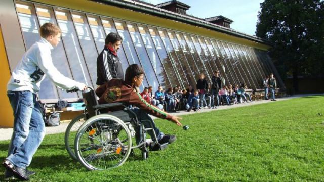 Są środki na rehabilitację osób niepełnosprawnych. - InfoBrzeszcze.pl