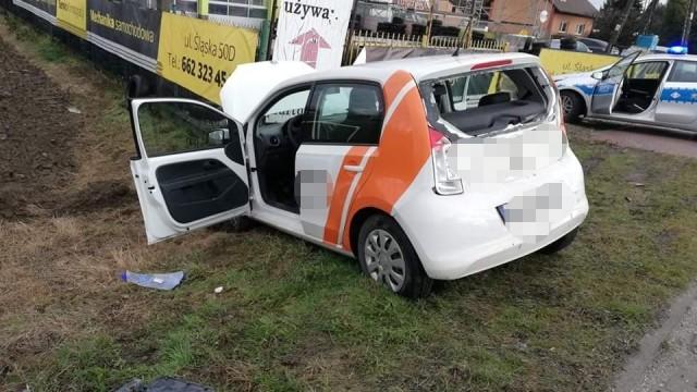 Samochód ciężarowy najechał na osobówkę. Jedna osoba została ranna. ZDJĘCIA!