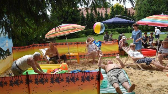 Seniorzy mają swoją plażę