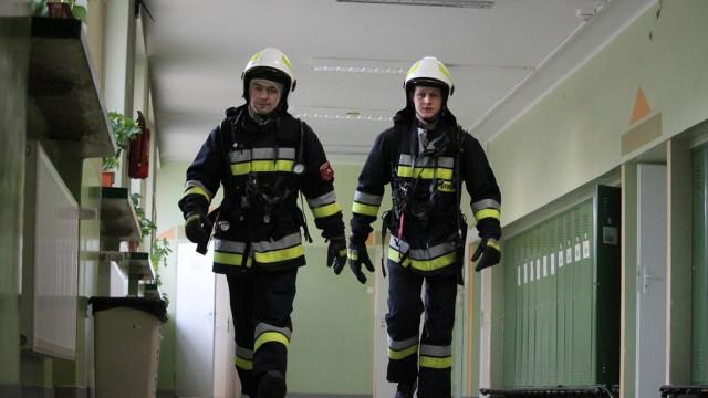 Skuteczna próbna ewakuacja szkół w gminie Brzeszcze. ZDJĘCIA !