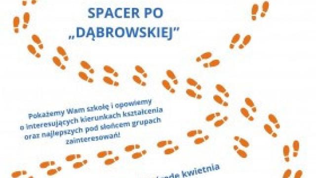 Spacer po Liceum im. Marii Dąbrowskiej w Kętach