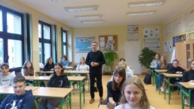 Spotkanie ze specjalistą w dziedzinie przeciwdziałania uzależnieniom dla uczniów w ZSP nr 3 Kęty