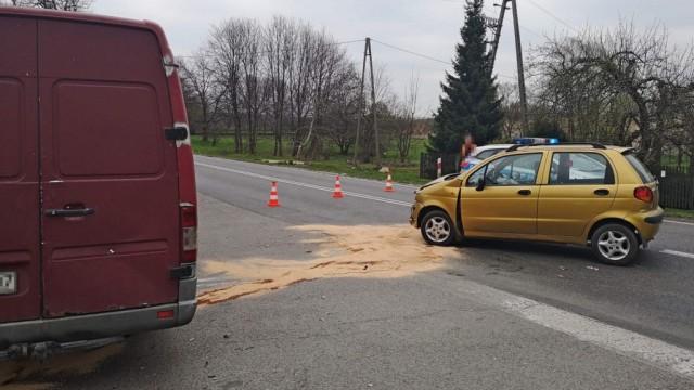 Sprinter uderzył w Matiza. Trójka poszkodowanych - InfoBrzeszcze.pl