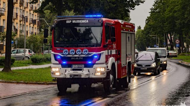 Strażacy neutralizowali plamę substancji ropopochodnej – ZDJĘCIA!