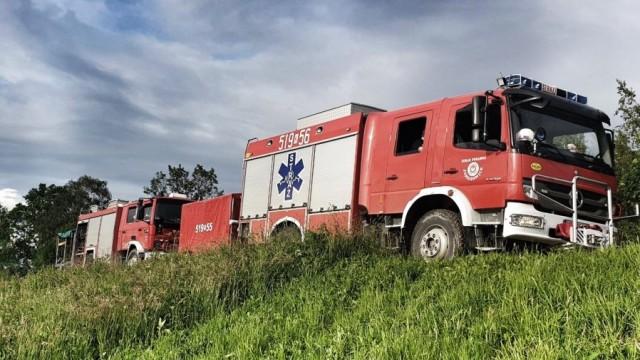 Strażacy po blisko 8 dobach heroicznej pracy zakończyli akcję powodziową - InfoBrzeszcze.pl