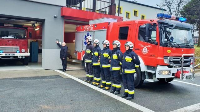 Strażacy z Jawiszowic uczcili pamięć górników, którzy zginęli w czeskiej kopalni -FILM- InfoBrzeszcze.pl