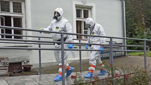 Szukają ochotników do pracy w DPS opanowanym przez koronawirusa