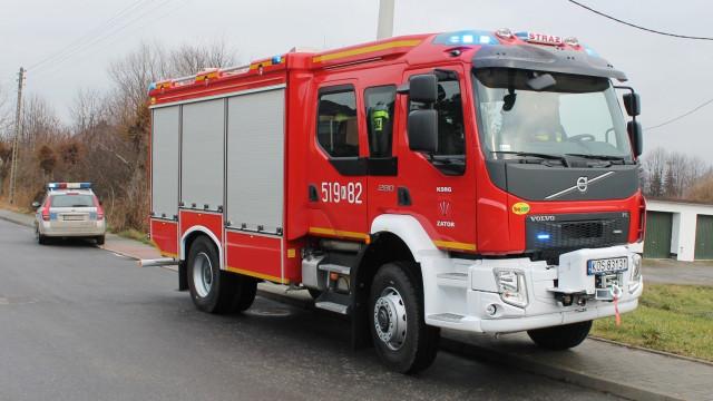 Tragedia w Zatorze. Strażacy nieśli pomoc swojemu koledze – członkowi OSP Zator. FOTO!
