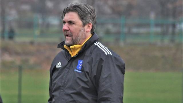 Trener Paweł Olszowski po pierwszym starciu z PZPN