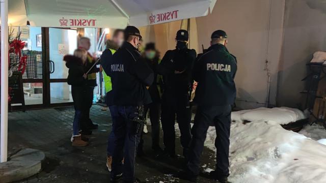 Trwają czynności Policji w Kętach. W działaniach kilka patroli – ZDJĘCIA!