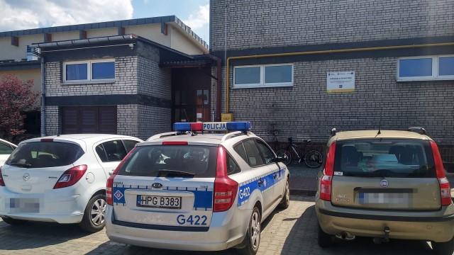 Uczeń wypadł z okna w Szkole w Bulowicach – ZDJĘCIA!