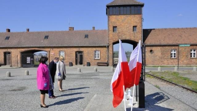 Upamiętnili deportowanych przez Niemców mieszkańców podoświęcimskich wsi
