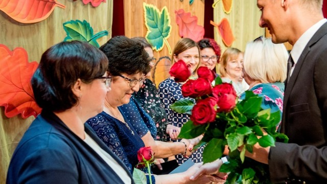 Uroczystość Dnia Edukacji Narodowej - InfoBrzeszcze.pl