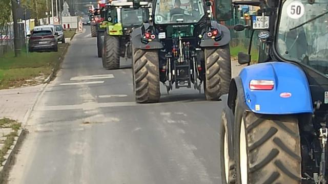 Utrudnienia na drogach powiatu. Trwa protest rolników