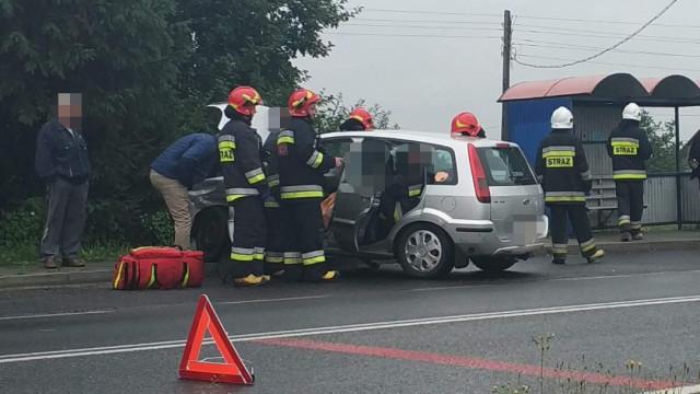 UWAGA! Wypadek na DW948 w Bielanach. ZDJĘCIA!