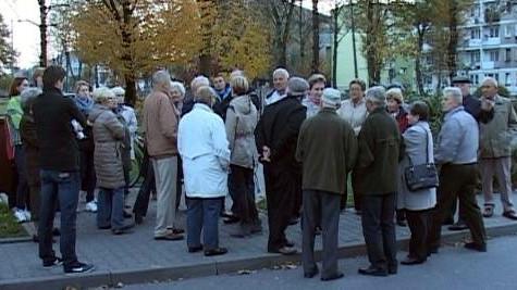 VIDEO-OŚWIĘCIM. Mieszkańcy apelują do prezydenta: STOP BUDOWIE!