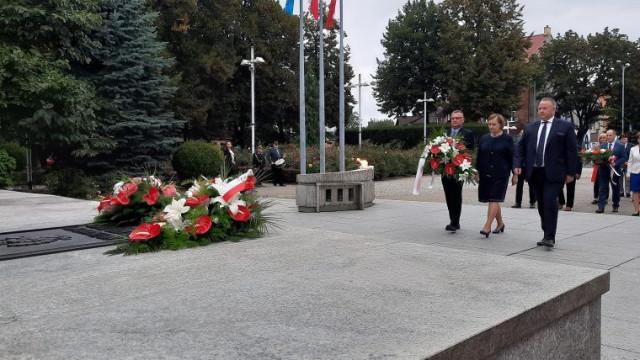 W krwawym uścisku dwóch totalitaryzmów. 17 września 1939 Sowieci zaatakowali Polskę