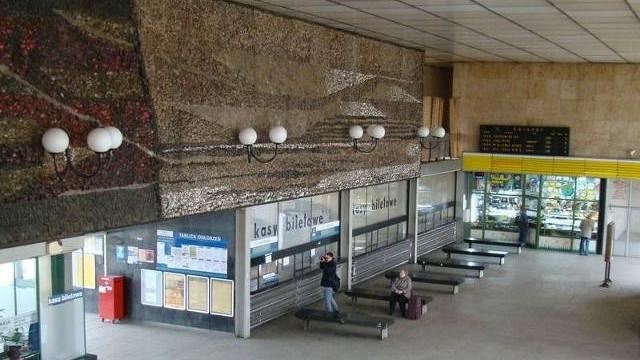 W Oświęcimiu będzie nowy dworzec kolejowy, ale mozaika ze starego holu pozostanie