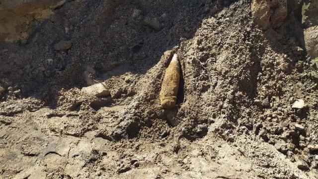 W trakcie remontu torowiska, odnaleziono niewybuch z II Wojny Światowej