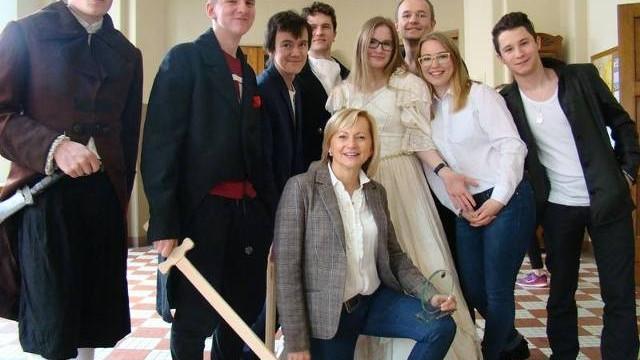 W Warszawie publiczność z aplauzem przyjęła występ młodych aktorów z Oświęcimia