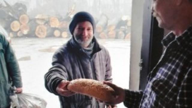 W żyłach pana Marcina płynie pasja pomagania - przeczytajcie o pracy w ogrzewalni dla bezdomnych w Kętach