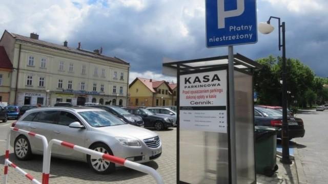 Wadowice oddały parking prywatnej firmie, opłaty wzrosły