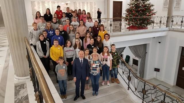 WARSZAWA. Poseł Marek Sowa spotkał się w Sejmie z młodzieżą z Brzeszcz